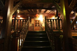 Club One Seven - Guest House Stairway